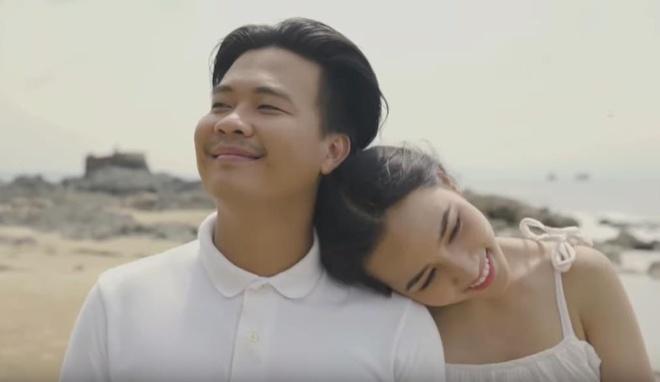 Tai Smile cover 'Hay trao cho anh', phan rap nhu tieng Khmer hinh anh 1