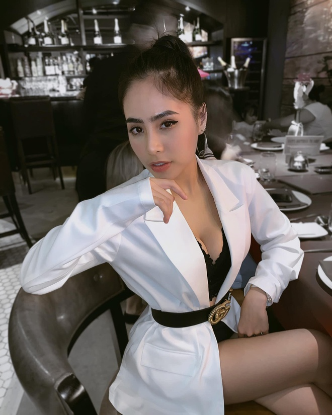 Ca nuong Kieu Anh dang anh dien bikini khoe vong mot 90 cm hinh anh 10
