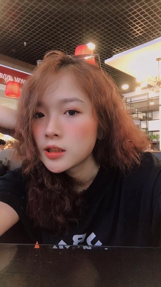 Nhan sac co gai 9X co nu hon dong gioi voi Anh Duong 'Ve nha di con' hinh anh 3