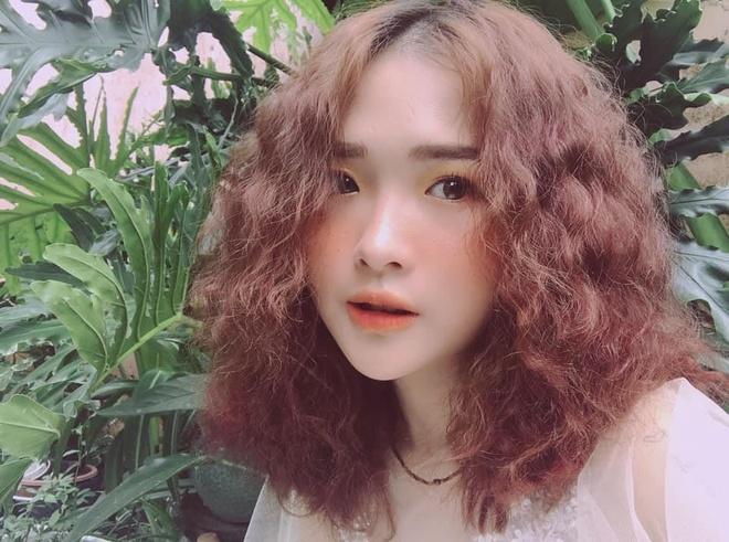 Nhan sac co gai 9X co nu hon dong gioi voi Anh Duong 'Ve nha di con' hinh anh 1