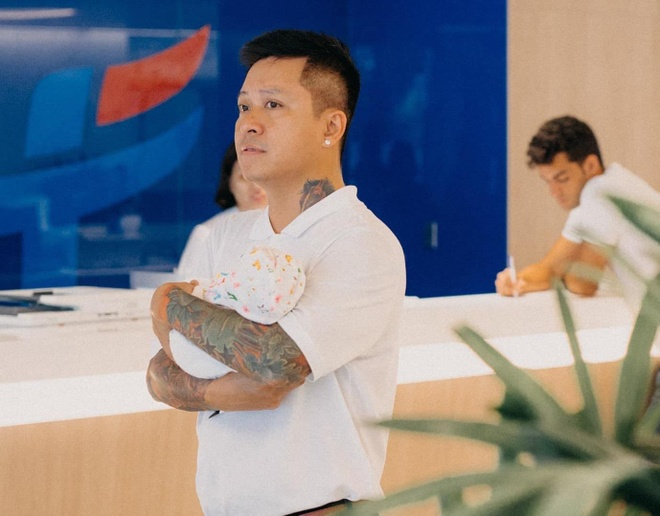Vo Tuan Hung ke dau don va lieu linh vi sinh mo 3 lan trong 5 nam hinh anh 2