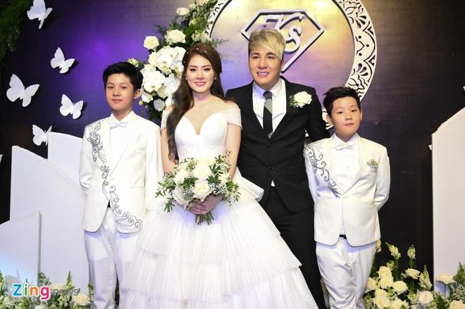 HKT, Khanh Phuong du le cuoi ca si Lam Chan Khang hinh anh 5