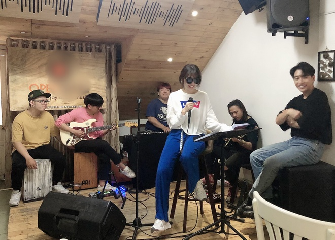 Hari Won do benh vi ap luc truoc concert dau tien trong su nghiep hinh anh 1