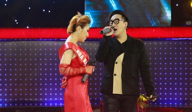 Truong Giang choang khi nghe co gai giong Nha Phuong hat tham hoa hinh anh 2