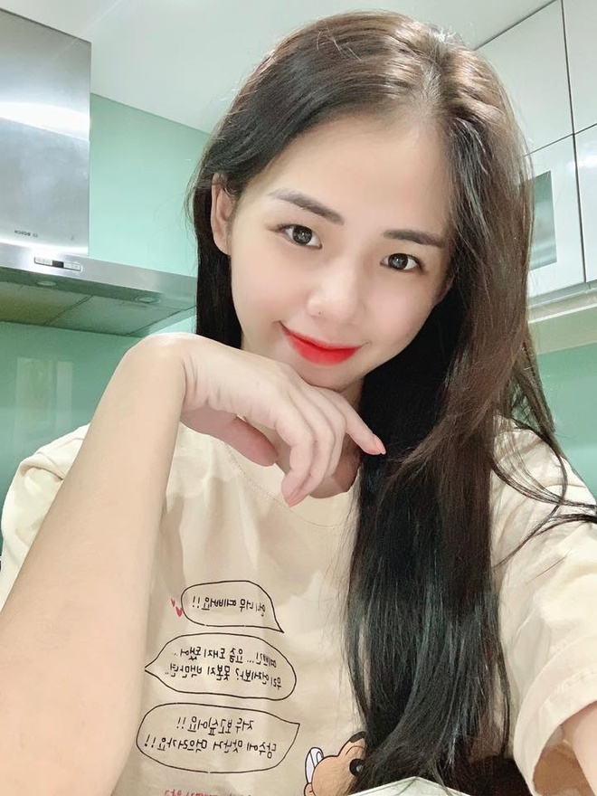 Hien tuong cover Huong Ly giai thich khi bi che hat live chenh pho hinh anh 1