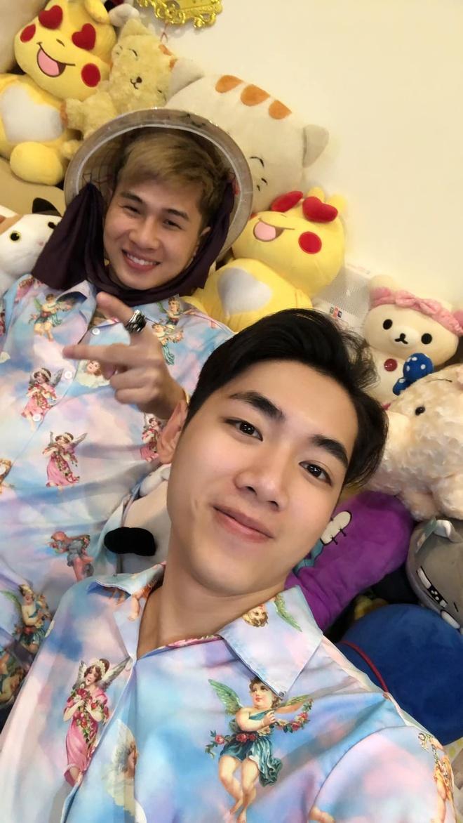 Jack va K-ICM ru fan di 'bao' ung ho doi tuyen Viet Nam hinh anh 1