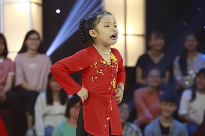Thách thức danh hài tập 2: Ngô Kiến Huy bị cô bé 7 tuổi mắng xối xả