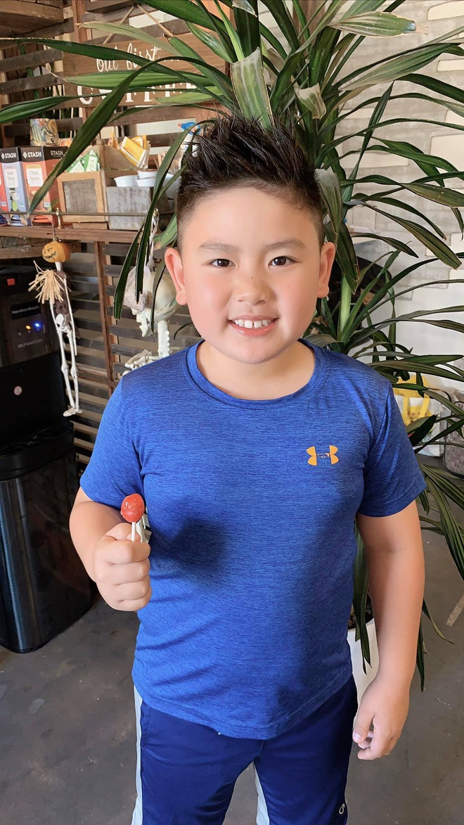 Ba con trai cua Bang Kieu va vo cu Trizzie Phuong Trinh hinh anh 8