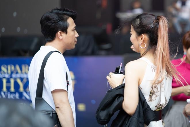 Tran Thanh om va tang qua diva Han Quoc hinh anh 2 DSC08351.jpg