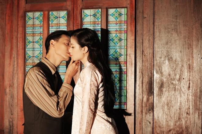 Duong Hoang Yen MV Em mot minh quen roi anh 1