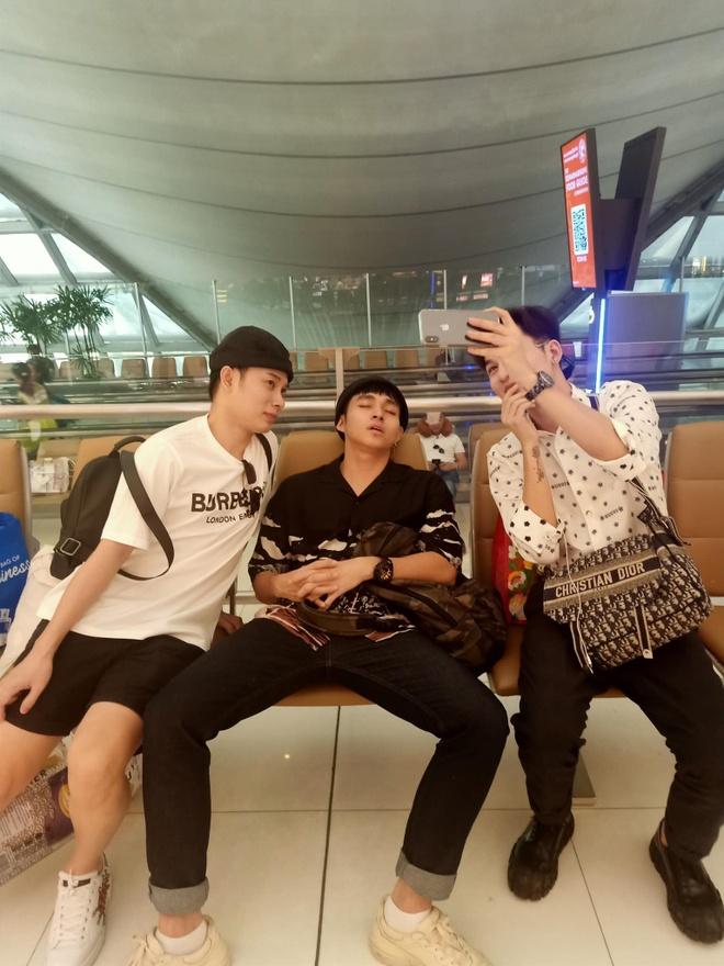 Gia dinh Ly Hai ve mien Tay, Son Tung o ben em trai dip can Tet hinh anh 3 84267320_1503114279857393_6154572166756040704_o.jpg