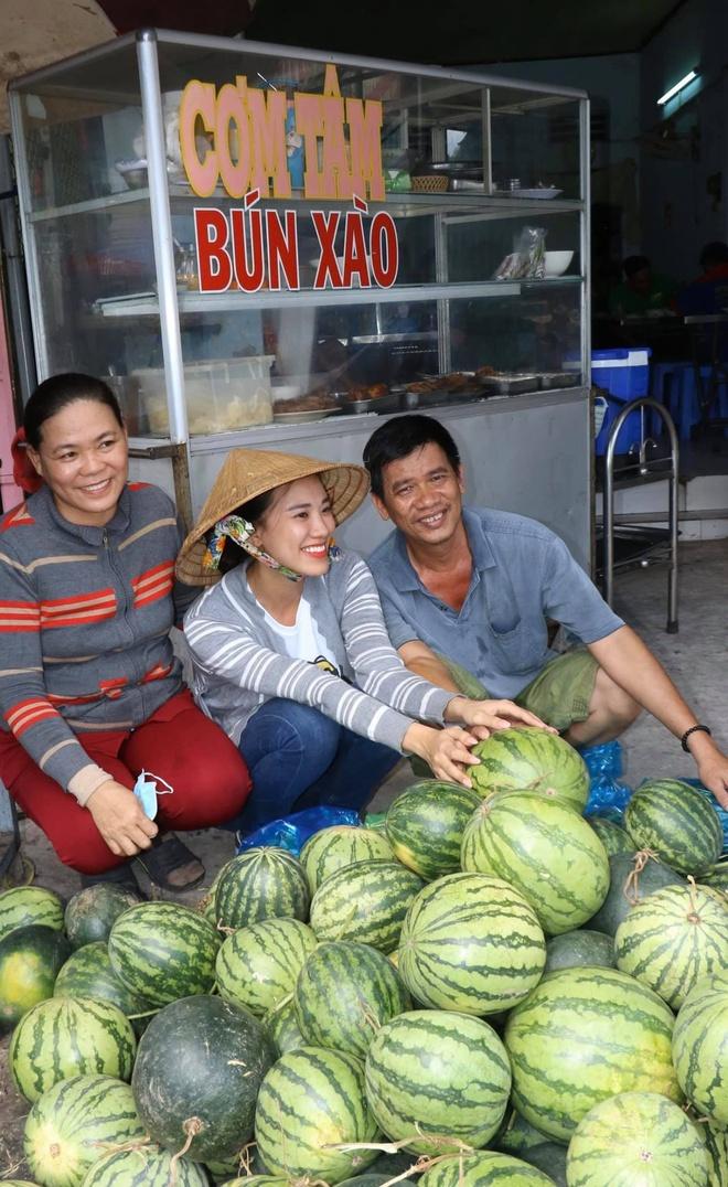 A hau Kim Duyen ban 400 kg dua hau giup ba con hinh anh 1 86240282_2557136661223042_8587053665376796672_o.jpg