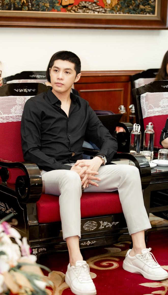Noo Phuoc Thinh ung ho 300 trieu dong anh 5