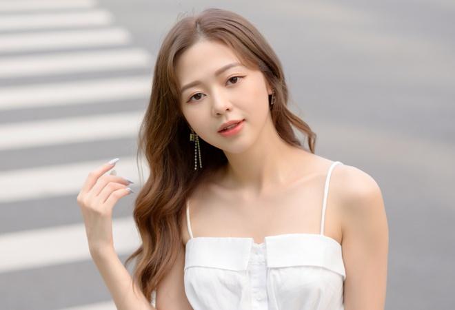 Liz Kim Cương: 'Tôi được so sánh với Lisa (BlackPink)' - Âm nhạc