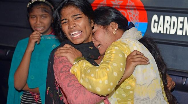 Danh bom lieu chet o Pakistan, 69 nguoi chet, 300 bi thuong hinh anh