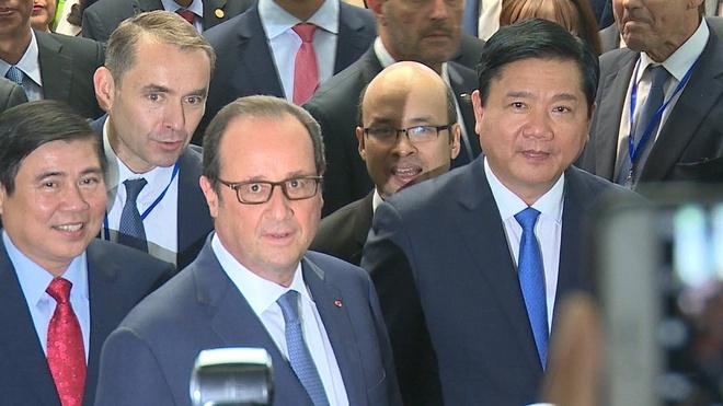 Tong thong Phap Francois Hollande gap Bi thu Dinh La Thang hinh anh