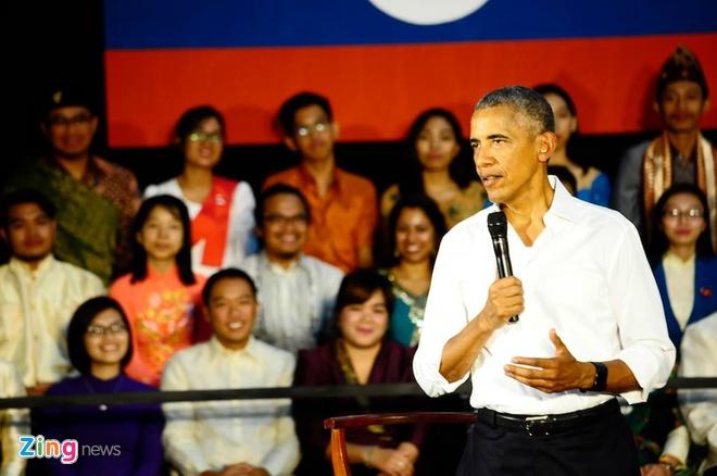Tong thong Obama tro chuyen voi gioi tre Viet Nam va ASEAN hinh anh 2