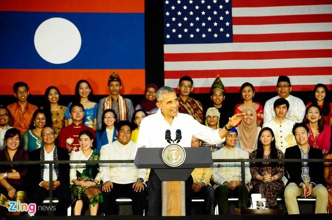 Tong thong Obama tro chuyen voi gioi tre Viet Nam va ASEAN hinh anh 1