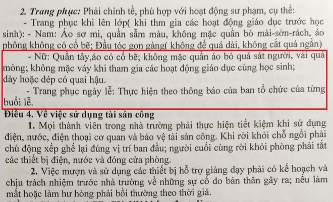 Cam co giao mac vay khi dung lop de 'hoc sinh khong chu y' hinh anh 1