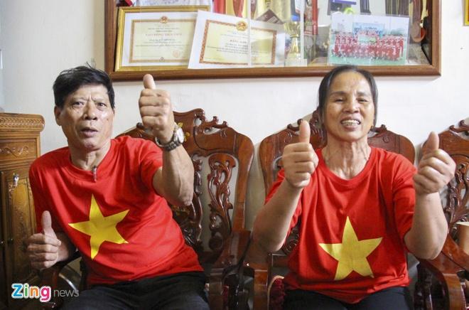 Cha me Cong Phuong, Tien Dung mong U23 lap nen ky tich hinh anh