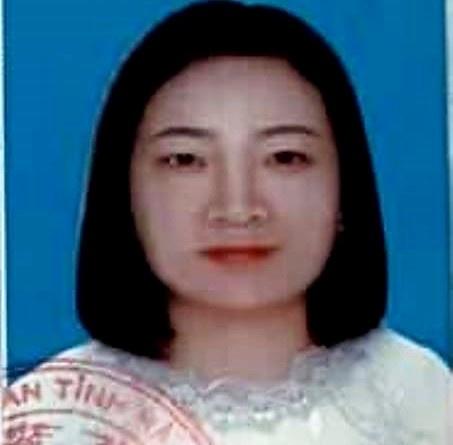 'Nu Giang Vien' Lua Hon 50 Nguoi Bi Truy Na Hinh Anh 1