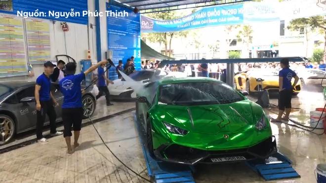 Cuong Do La mang dan sieu xe di rua tren hanh trinh Car & Passion 2018 hinh anh