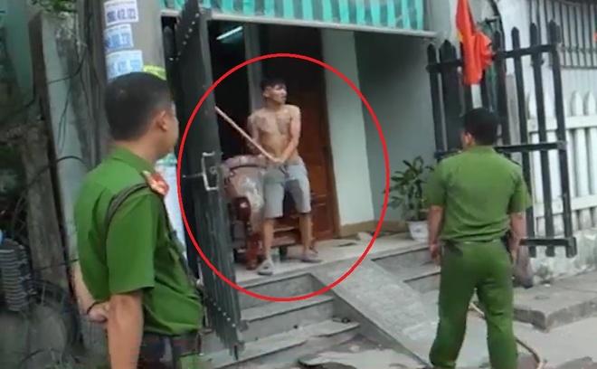 Khong che doi tuong ngao da dap pha tai san hinh anh