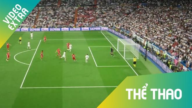 Hat-trick cua Ronaldo 'nhan chim' Bayern nhin tu ghe khan gia hinh anh