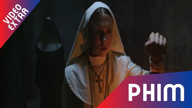 Ac ma kinh di Valak se tro lai qua bo phim 'The Nun' hinh anh