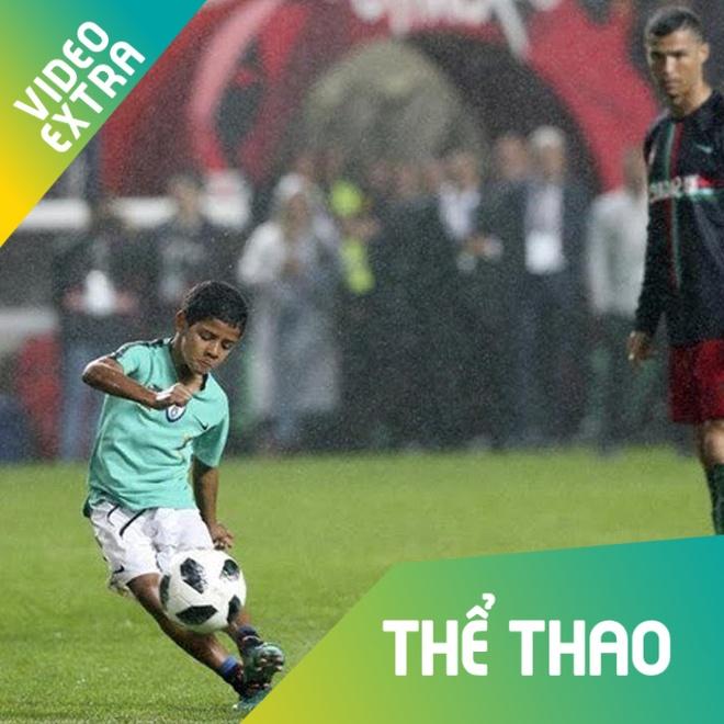 Con trai Ronaldo lap sieu pham y het bo o doi U9 Juventus hinh anh