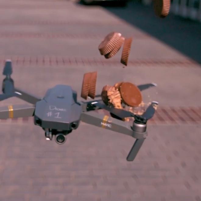 Canh quat drone sac ben cat got do vat qua clip quay cham hinh anh