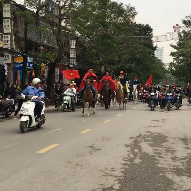 CDV Hai Phong cuoi ngua di 'bao' co vu tuyen Viet Nam hinh anh