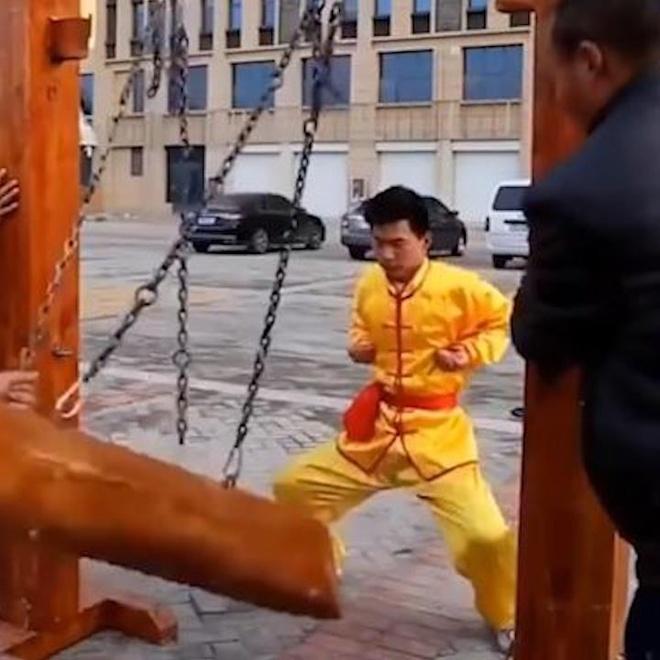 Nhung pha bieu dien Kung Fu thach thuc moi noi dau hinh anh