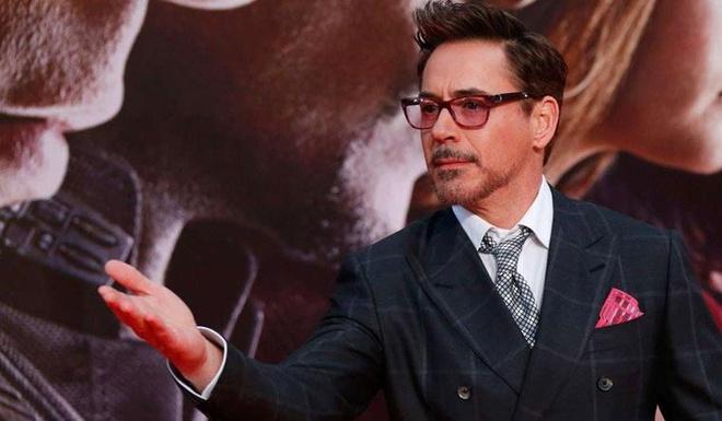 'Iron Man' song xa hoa ra sao voi tai san 300 trieu USD? hinh anh