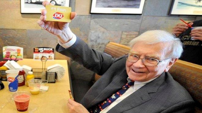 Thu thach an uong nhu Warren Buffett trong mot tuan hinh anh