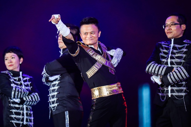 Dieu nhay Michael Jackson cua Jack Ma hinh anh