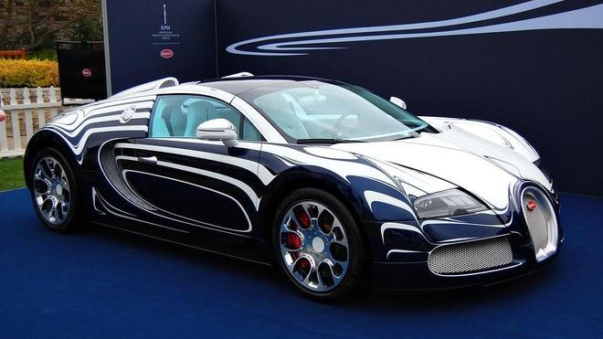 Day la cach Bugatti san xuat sieu xe 2,4 trieu USD bang gom su hinh anh
