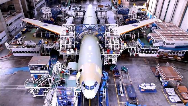 Qua trinh lap rap may bay Airbus A330neo tua nhanh trong 2 phut hinh anh