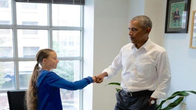 Cuu tong thong Obama gap go nha hoat dong khi hau 16 tuoi hinh anh