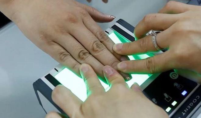 Người Trung Quốc sẽ nhận diện cá nhân bằng tĩnh mạch tay thay CMND