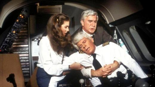 Vi sao co truong va co pho khong duoc an hai suat giong nhau khi bay? hinh anh