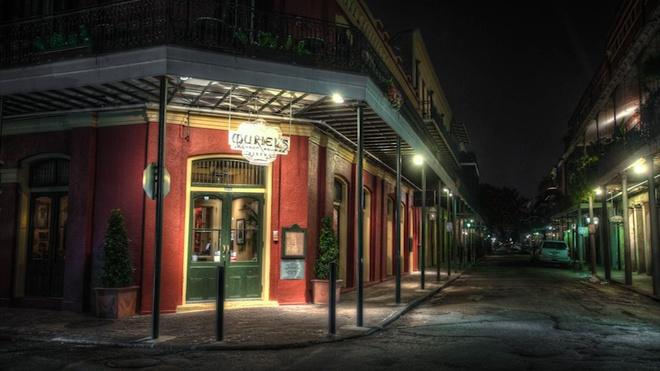 Khach san bi ma am o New Orleans hinh anh