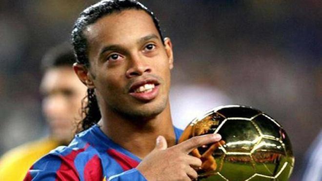 Goc khuat cuoc doi bong da cua Ronaldinho hinh anh