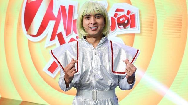 Ho Quang Hieu so hai bo chay truoc thu thach ca hat hinh anh