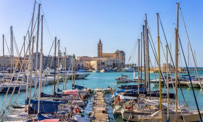 Mua nao dep nhat de kham pha Puglia, Italy? hinh anh 3