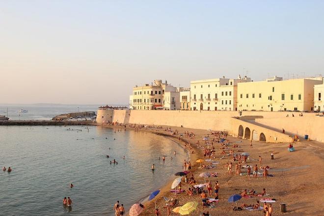 Mua nao dep nhat de kham pha Puglia, Italy? hinh anh 4