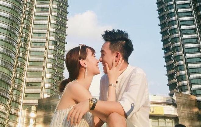 Pho Dac Biet va SunHT: Yeu la dua nhau di khap the gian hinh anh