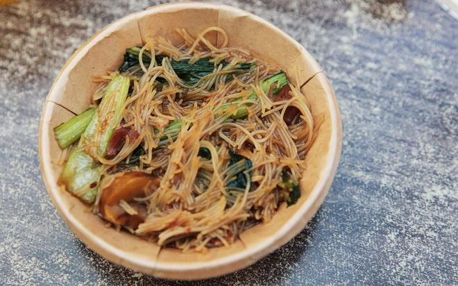'Le hoi am thuc 50 cent' cho food tour Singapore them tiet kiem hinh anh