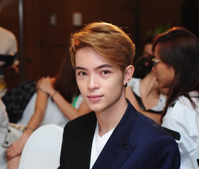 Hot boy Kelbin Lei mat sung hup o buoi giao luu Kim Soo Huyn hinh anh 2