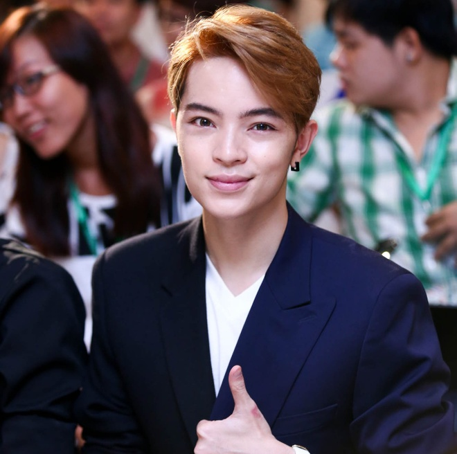 Hot boy Kelbin Lei mat sung hup o buoi giao luu Kim Soo Huyn hinh anh 3